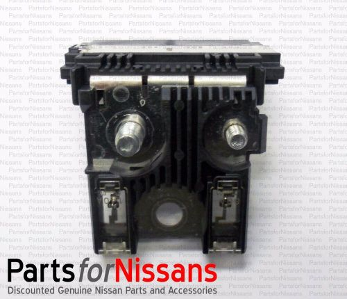 small resolution of details about genuine oem nissan xterra pathfinder frontier fuse block holder link connector