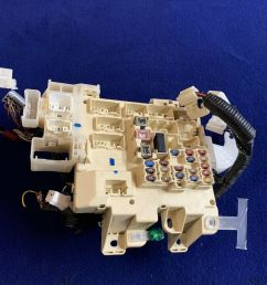 details about 1997 2001 toyota camry relay fuse box under dash electrical junction box oem [ 1000 x 1000 Pixel ]
