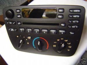04 05 06 07 FORD Taurus MERCURY Sable AM FM Radio CD