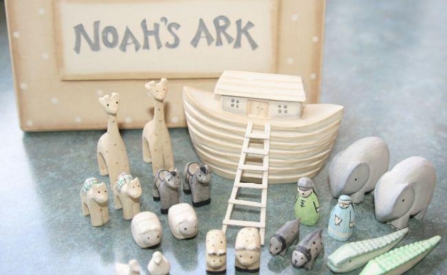 Small East Of India Wooden Noahs Ark Set Traditional Toy
