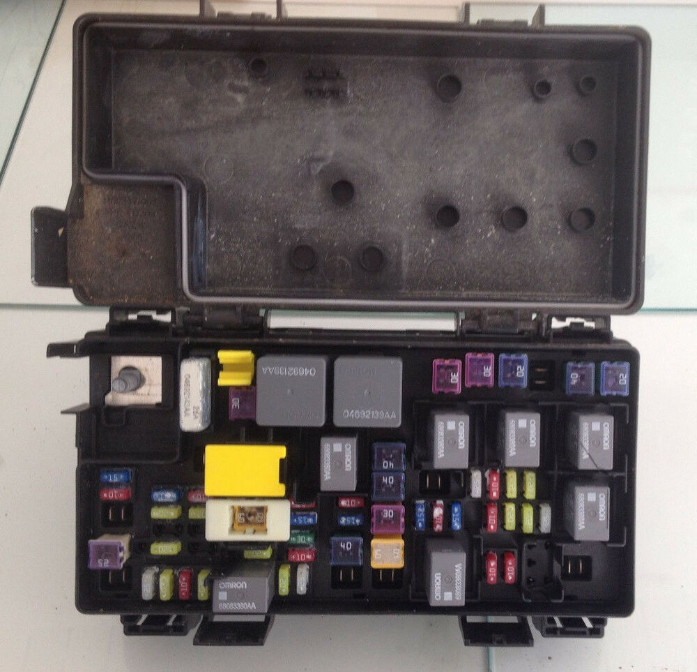 hight resolution of oem 2014 jeep wrangler 3 6l v6 fuse box integrated power 2014 jeep wrangler unlimited fuse box location 2014 jeep wrangler fuse box layout
