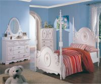 Twin White Wooden Poster Bed Girl's Bedroom Furniture 4 pc ...