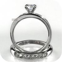 18K WHITE GOLD GP MADE WITH SWAROVSKI CRYSTAL WEDDING RING ...