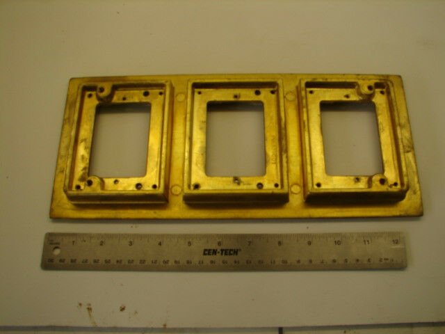 WALKER 377B 3 GANG BRASS COVER PLATE FLOOR BOX XLNT