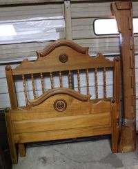Antique Solid Oak Victorian/Eastlake Style Full Size Bed ...