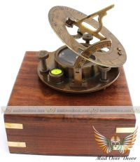 VINTAGE MARITIME WEST LONDON ANTIQUE BRASS SUNDIAL COMPASS