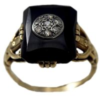 Estate 14K Gold Black Onyx Ring with Diamonds