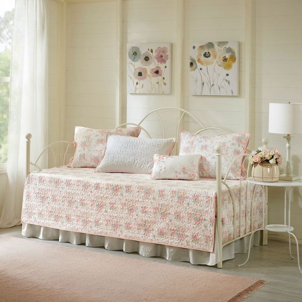 Beautiful 100 Cotton Soft Pink Floral 6 Pcs Quilted Guest