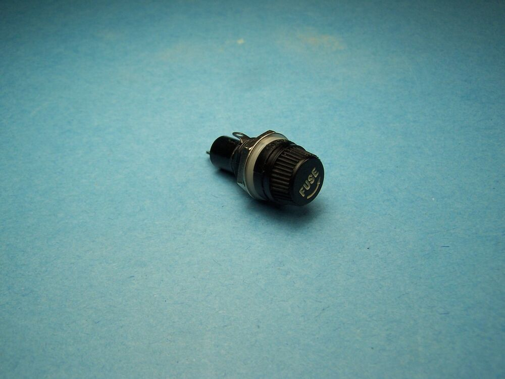 5mm x 20mm PANEL / CHASSIS MOUNT FUSE HOLDER
