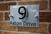 MODERN HOUSE NUMBER SIGN/PLAQUE Aluminium & Acrylic ...