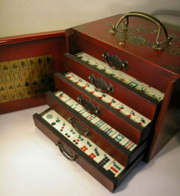 Chinese Mah-jong 144 Tiles Game Set With Wooden Box