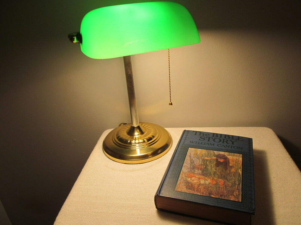Classic Bankers Judges Court Office Desk Piano Lamp Light