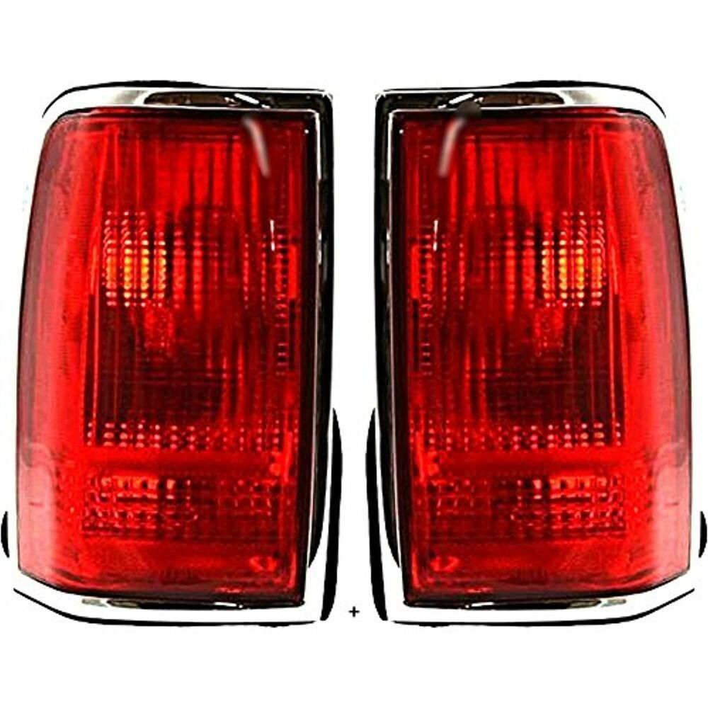 hight resolution of details about fits 90 97 ln town car tail lamp light w chrome trim w o logo right left se
