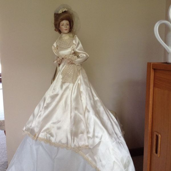 Franklin Heirloom Gibson Girl Porcelain Bride Doll 22