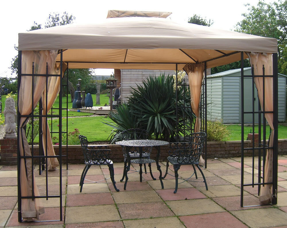 BUCKINGHAM GARDEN PARTY METAL FRAMED GAZEBO TENT & MOSQUITO