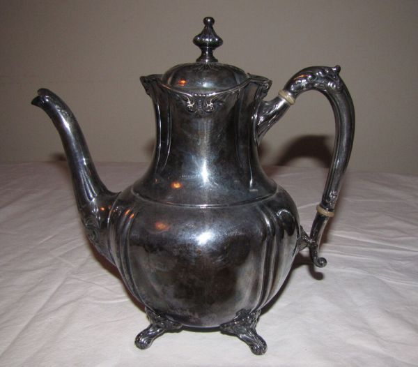 Antique Reed Barton Silverplate Teapot
