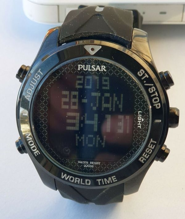 Pulsar Seiko W861-x010 World Time Black Reverse Digital Men' Watch