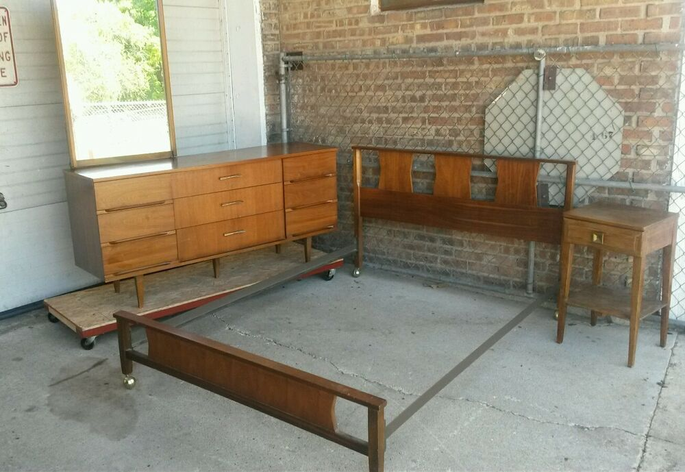 mid century modern harmony house bedroom set full size dresser with mirror bed