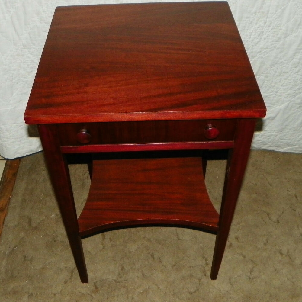 Mahogany Side Table  End Table with Drawer T155  eBay