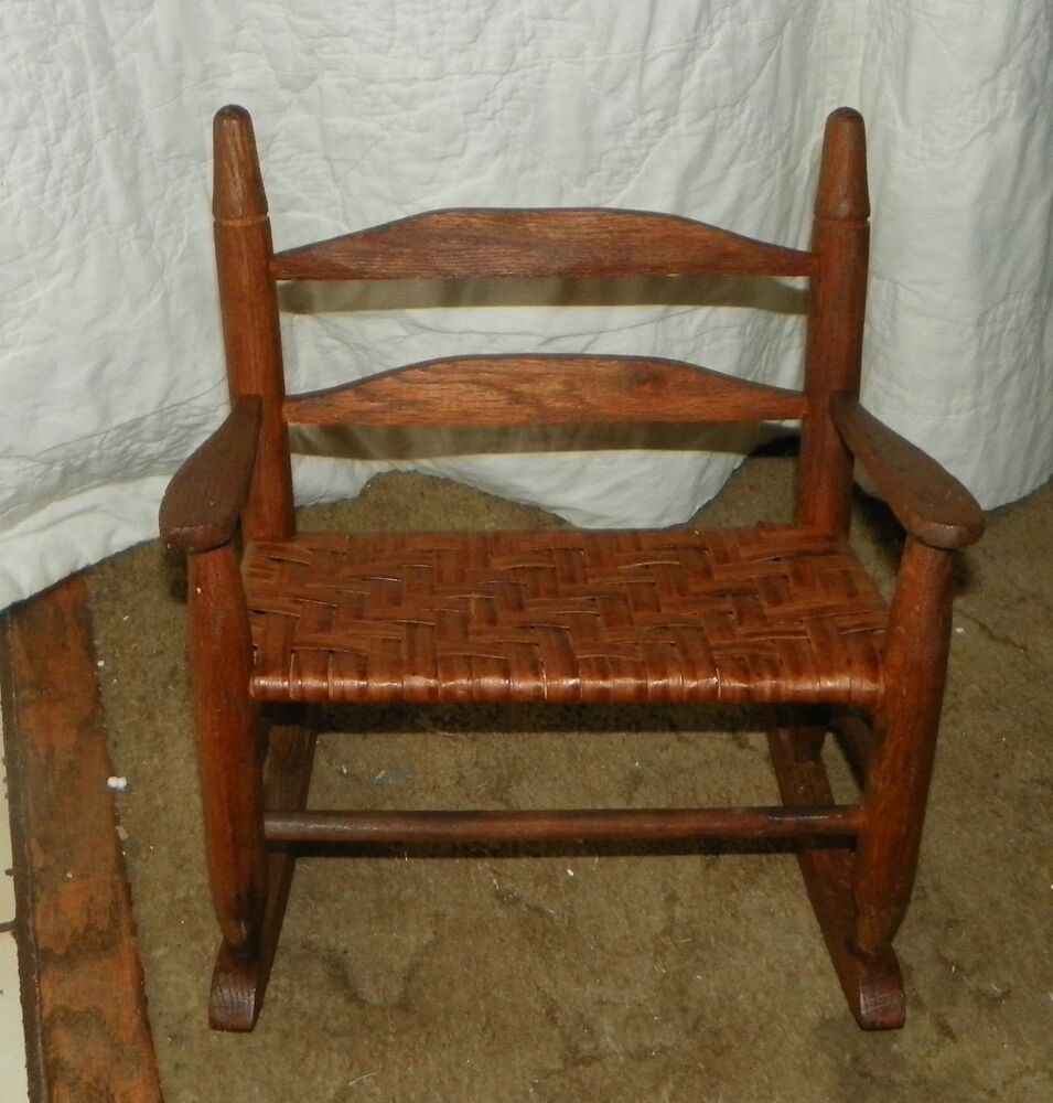 Oak Doll Rocker with Rush Seating  Rocking Chair R148