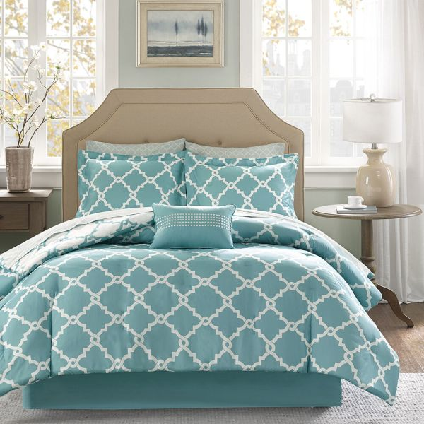 Beautiful Modern Reversible Teal Blue Aqua Bed In Bag Comforter Set & Sheets