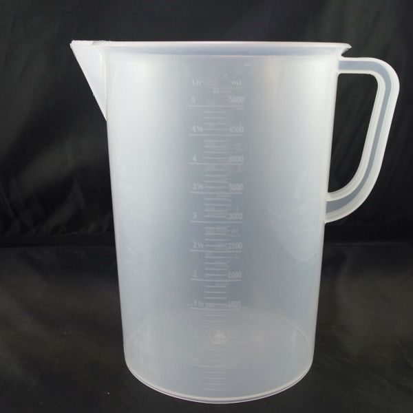 5000ml Plastic Measuring Cup Graduated With Handle X1