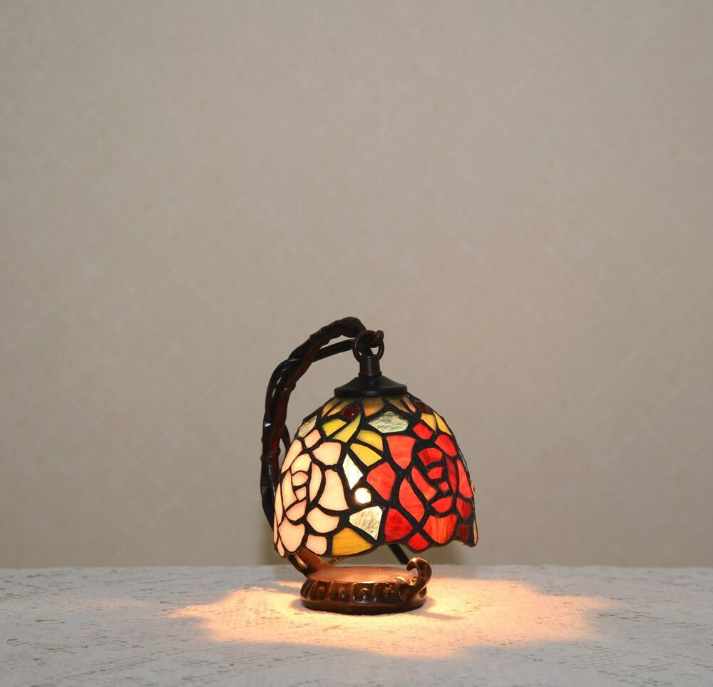 Flower Stained Glass Tiffany Style Small Table Desk Lamp