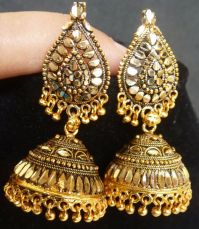 South Indian Antique Gold Plated 3.5 cm Long Jhumka Jhumki ...