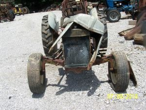 FORD 8N TRACTOR WITH SIDE MOUNT DISTRIBUTOR THINK | eBay