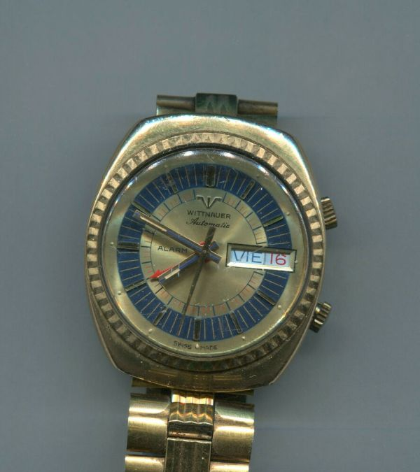 Vintage 1970' Men' Wittnauer Automatic Alarm Day Date