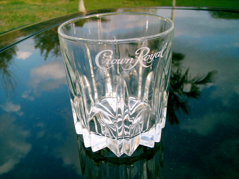Crown Royal Whisky White Logo Whiskey Glass Diamond Points