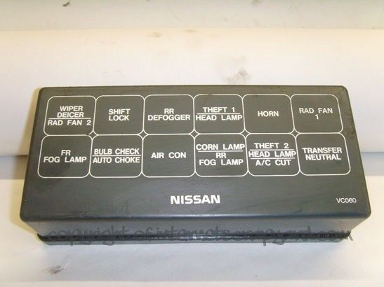 Nissan Patrol 3 0 Manual Y61 97 13 Relay Fuse Box Top