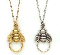 New John Wind MAXIMAL ART Bee Charm Holder NECKLACE