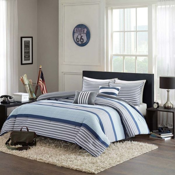 Light Blue and White Twin Comforter Sets