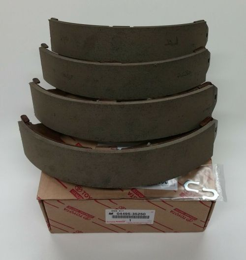 small resolution of details about tundra tacoma 4runner rear brake shoes 04495 35250