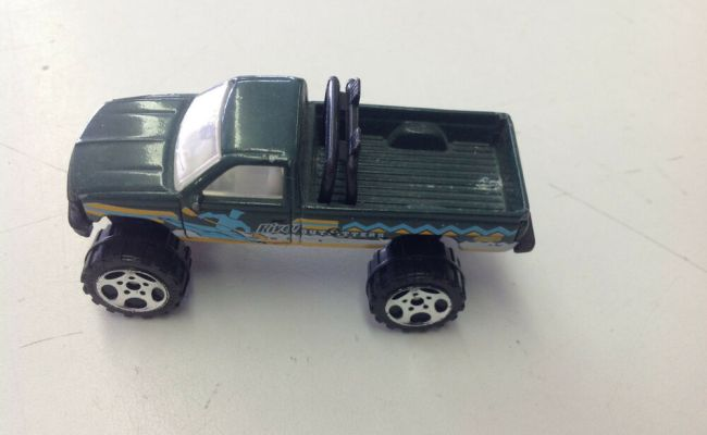 Matchbox 1993 1 70 Chevy K 1500 Pick Up Truck Outfitters