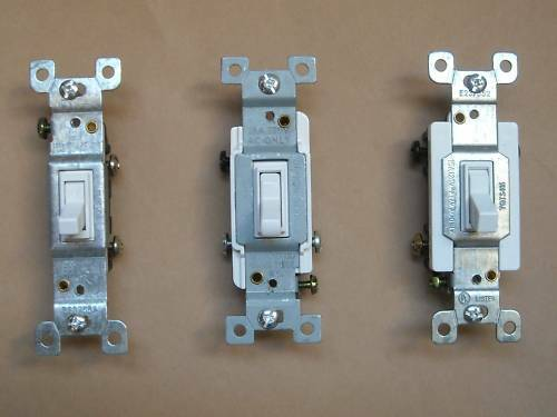 4 Way Switch Vs 3 Way