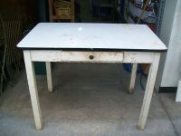 VINTAGE BLACK & WHITE ENAMEL HOSSIER KITCHEN TABLE