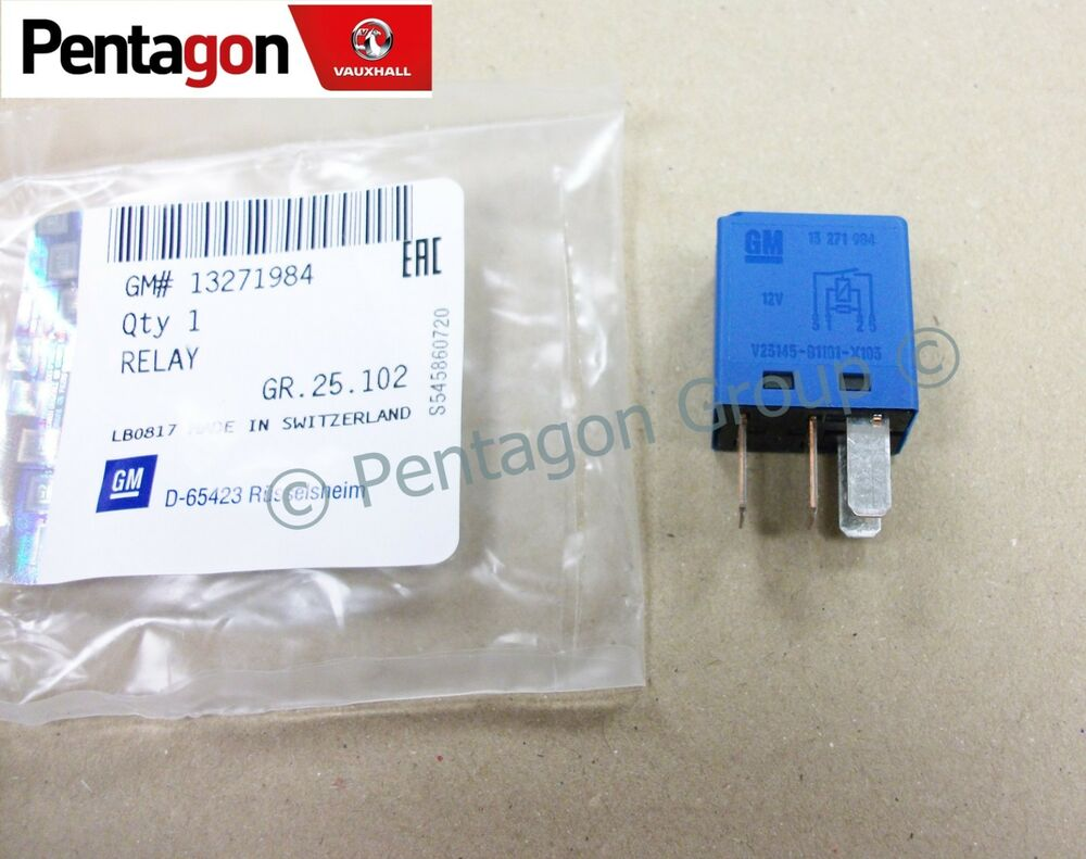 hight resolution of details about new genuine vauxhall vectra c signum blue fuse box relay 13271984
