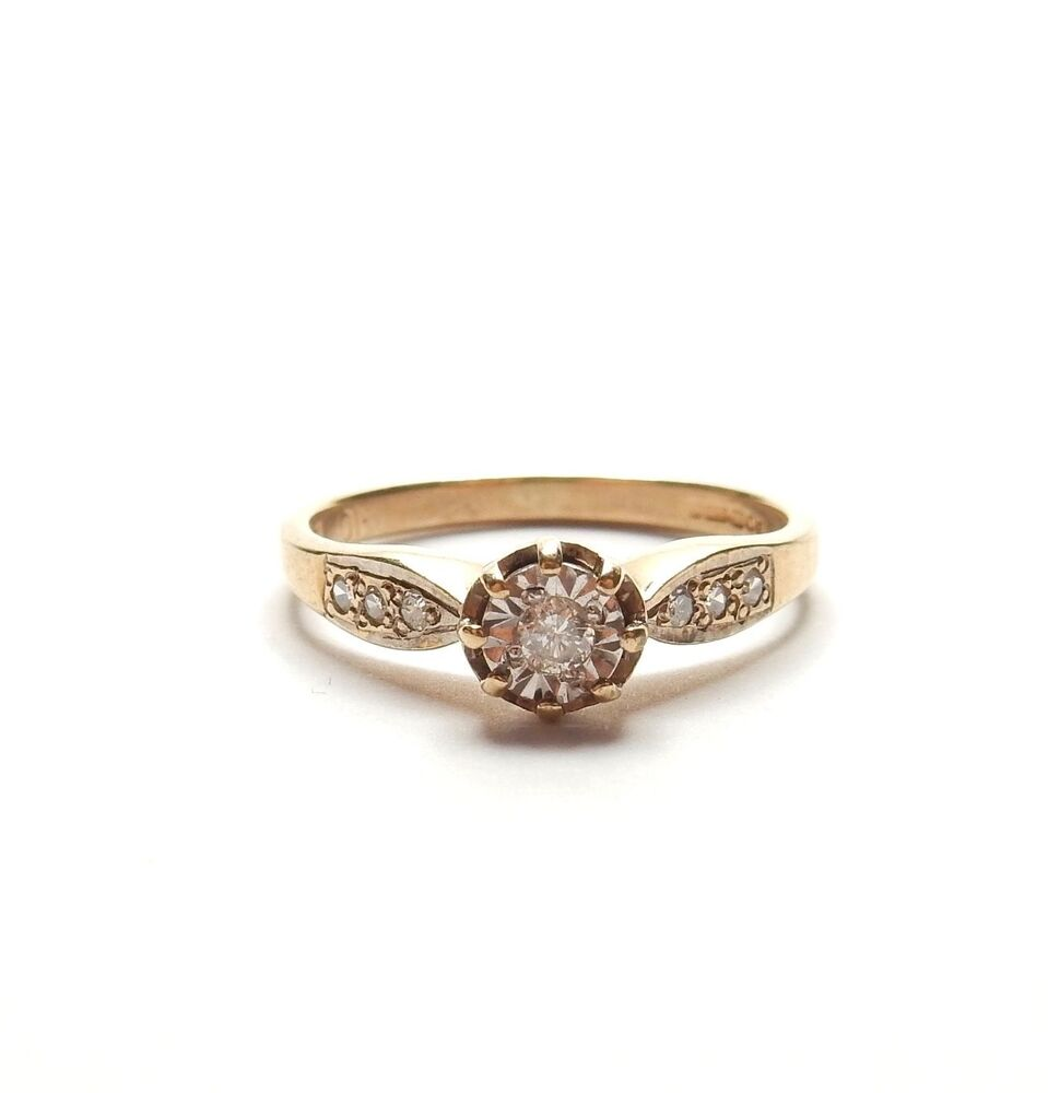 9 Carat Yellow Gold DIAMOND SOLITAIRE ENGAGEMENT RING 2g
