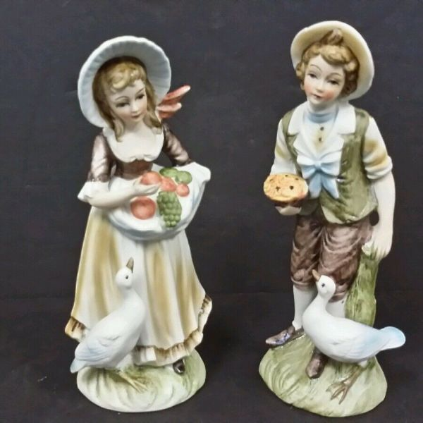 Vintage Pair Of Lefton Porcelain Hand Painted Figurines