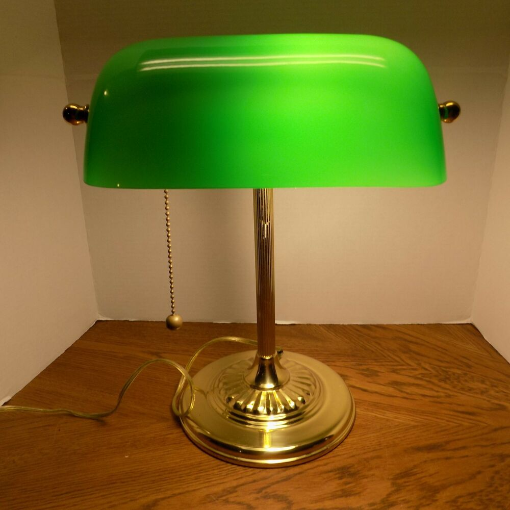 Classic Bankers Office Desk Lamp Piano Light Brass Green