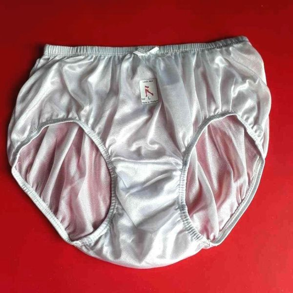 White Size L Vintage Nylon Satin Knickers Panties