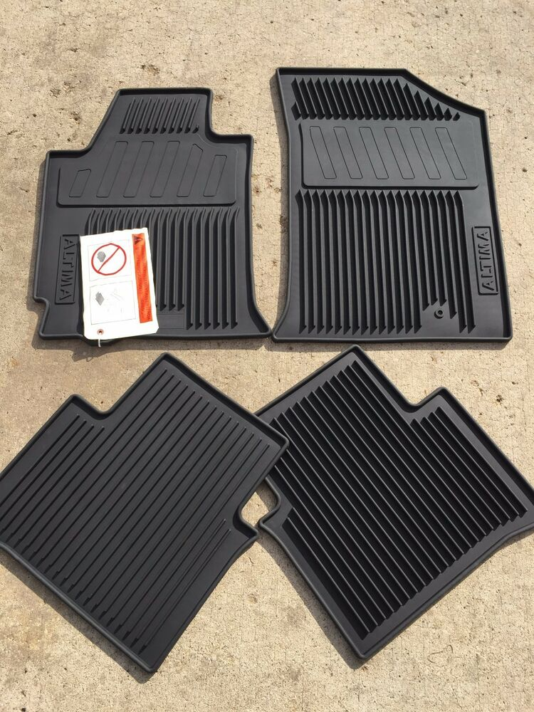 NEW OEM NISSAN 20082012 ALTIMA RUBBER FLOOR MAT SET