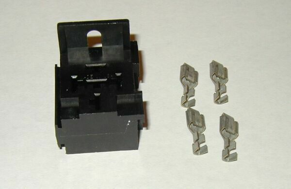Relay Or Flasher Connector 5 Pin Panel Mount Terminal