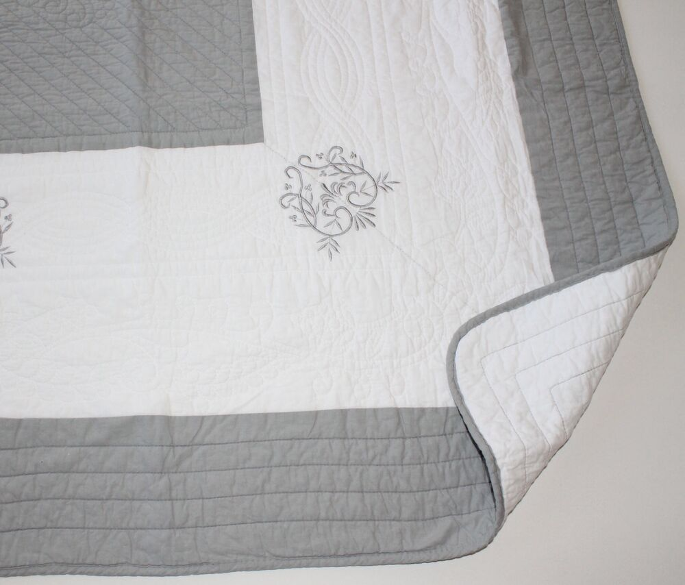 French Country Throw Quilt Rug Blanket Grey And White With