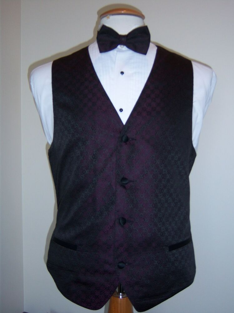 Grape Plum Formal Vest and Tie set  Four Button Full
