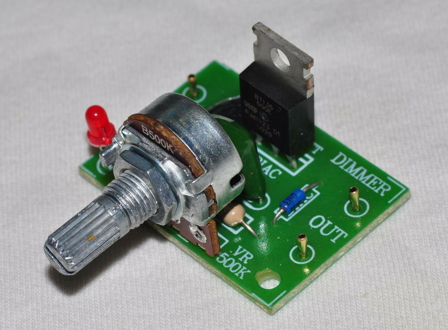 Light Dimmer Circuit With Triac