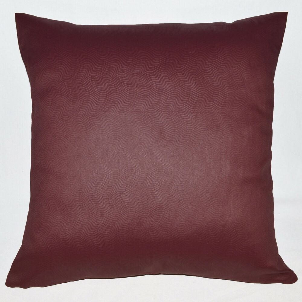 Hb403a Burgundy Embossed Wave Curve Throw Cushion Cover