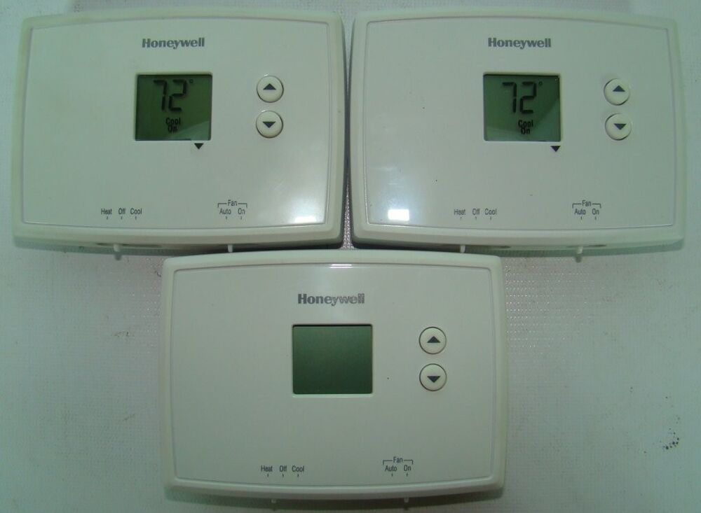 Lot Of 3 Honeywell Thermostat RTH111B For Heating And